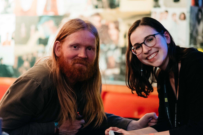 Autorin trifft Musiker Junius Meyvant.